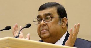 Muslim judge Altamas Kabir sworn in as new Chief Justice of India