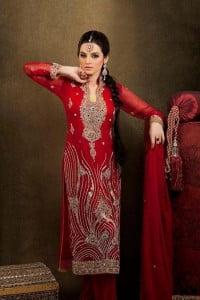 Pakistani Fashion Model Sadia Khan Full Profile & Photos Gallery