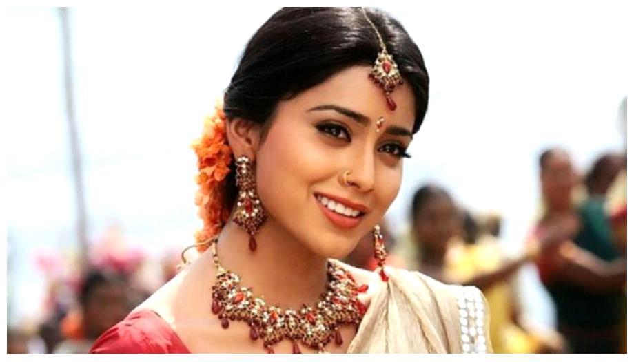 Shriya Saran wedding images